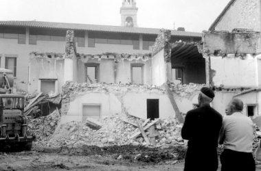 1969, il vecchio comune che viene abbattuto a Sorisole