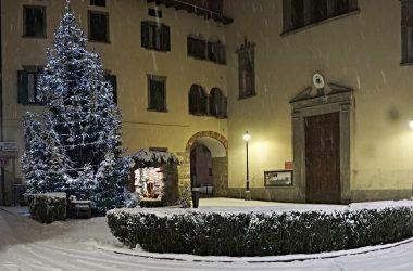 Albero Natale Casnigo con la Neve