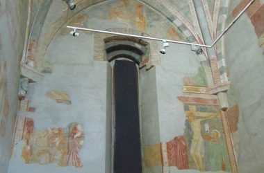 Angoli Convento di San Francesco (Bergamo) Chiostro delle Arche