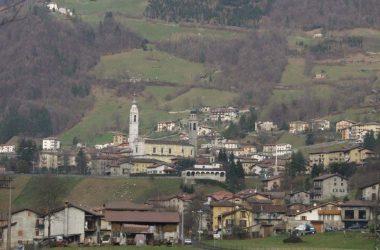 Ardesio-paese-di-Bergamo-Valle-Seriana-comune-Valseriana