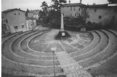 Arena con Monumento Brembate