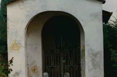 Chiesina del cimitero Morengo