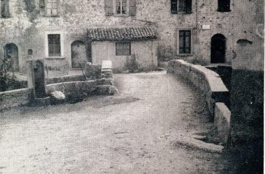 Il ponticello davanti al filatoio Leffe