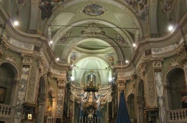 Interno chiesa Calcinate