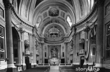 Interno chiesa Ranica