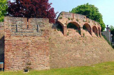 La cerchia di mura Cologno al Serio