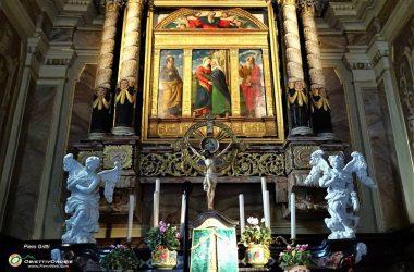 L'altare con il bellissimo Polittico della Visitazione, attribuito a Girolamo di S. Croce Madonna con la Pastorella Santuario della Madonna del Frassino