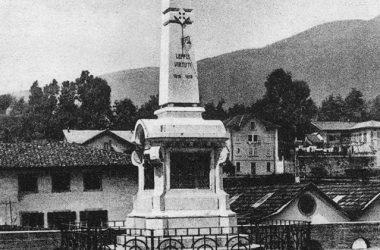 Leffe Il vecchio monumento ai caduti prima che venisse sostituito con quello attuale