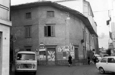 Leffe Palazzo sciura Lisa prima della demolizione. Anni 70