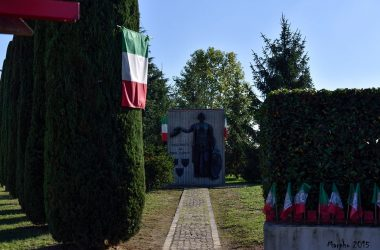Monumento caduti Calcinate Bg
