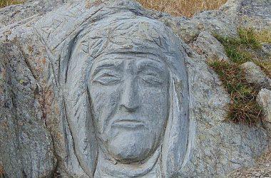 Passo San Marco Mezzoldo Bergamo (altitudine 1.992 m s.l.m.) sculture sulla pietra