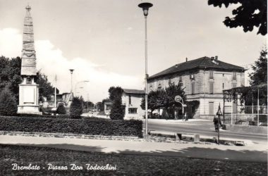 Piazza Brembate