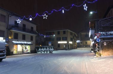 Piazza Casnigo con la Neve