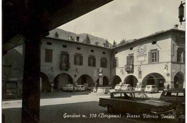 Piazza di Gandino