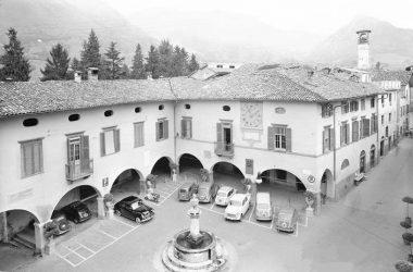 Piazza di Gandino foto storica