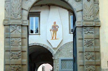 Portone entrata Borgo Clusone