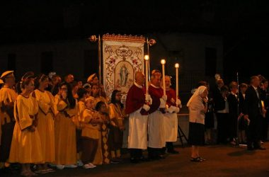 Processione Calcinate