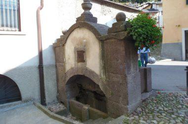 Retro Fontana di Valnegra