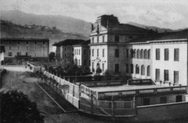 Scuole elementari Gandino foto storica anni 60