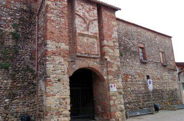 Treviolo entrata castello