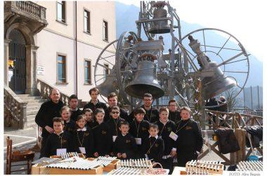 Valnegra benedizione degli ulivi e campane in piazza