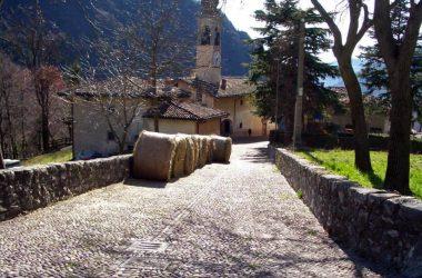 Valzurio un borgo nel comune di Oltressenda Alta