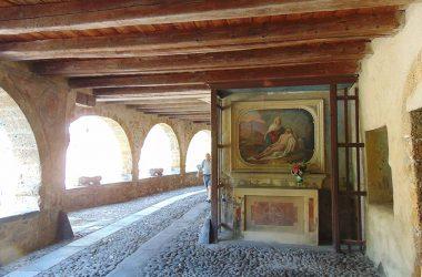 AVERARA Bergamo la via porticata
