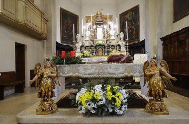 Albino Chiesa parrocchiale, dedicata a san Pietro