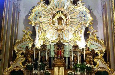 Altare chiesa Bossico