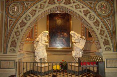 Altare di destra Santuario Madonna dello Zuccarello - Nembro