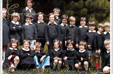 Alunni scuole elementari in una foto primi anni 70 Piazza Brembana