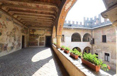 Arcate Castello di Malpaga Cavernago