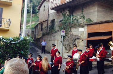 Banda alla processione Endine Gaiano