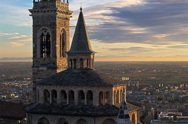 Cappella Colleoni e basilica di Santa Maria Maggiore dal Campanone Bergamo
