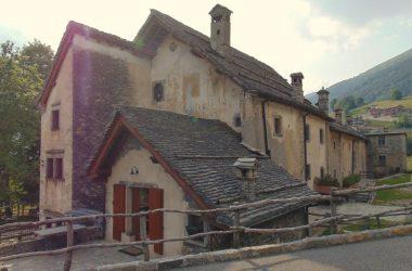Case Antico Borgo di Arnosto a Fuipiano
