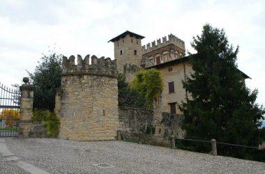 Castello di Costa di Mezzate Bergamo