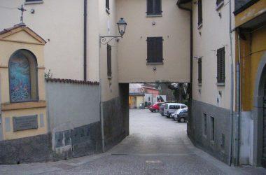 Centro paese Monasterolo del Castello