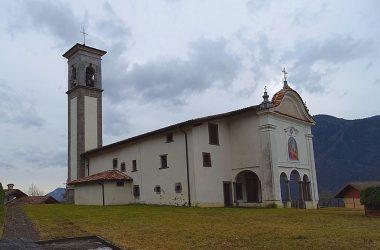 Cerete Alto- Bergamo - Santuario dedicato a Maria Bambina (Novezio) che vede la presenza di un bell'affresco (San Giorgio che uccide il drago-XV secolo) dipinto su una parete esterna