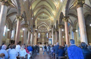 Chiesa Bonate Sotto interno