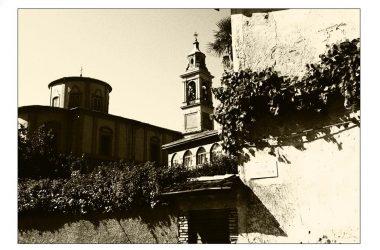 Chiesa da piazza Stefini Caprino Bergamasco