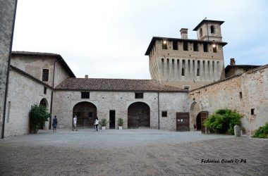Cortile Castello di Pagazzano