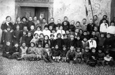 Costa Volpino anni 30