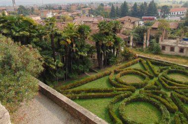Costa di Mezzate Bergamo borgo e Castello