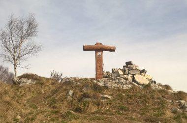 Croce Monte Linzone da Barlino Strozza