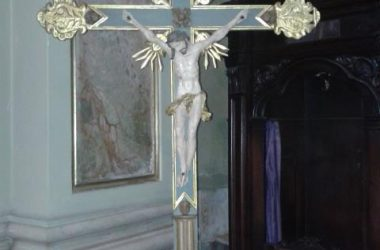 Crocifisso della chiesetta di ravarolo ora presso la parrocchia