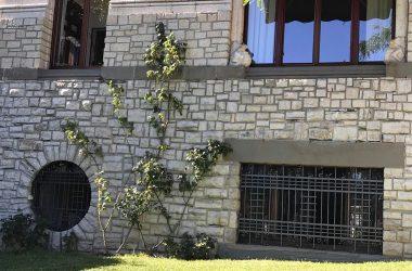 Facciata Villa Giuseppe Faccanoni 1907 a Sarnico