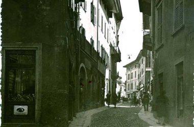 Gazzaniga Vecchia Via Manzoni