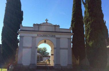 Il cimitero Scanzorosciate