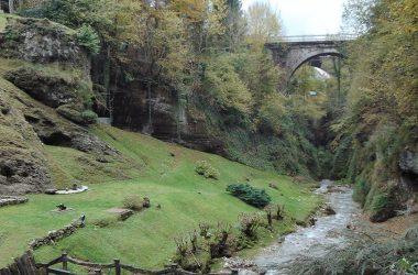 Immagini Castione della Presolana lungo la valle dei mulini