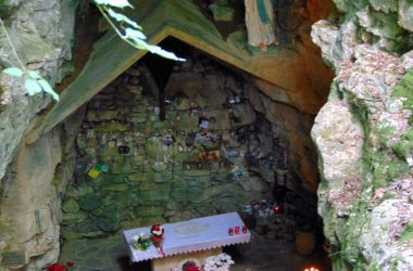 Immagini Ponteranica Bergamo la Grotta della Madonna di Lourdes